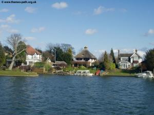 Houses at Wraysbury