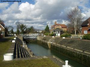 Old Windsor Lock
